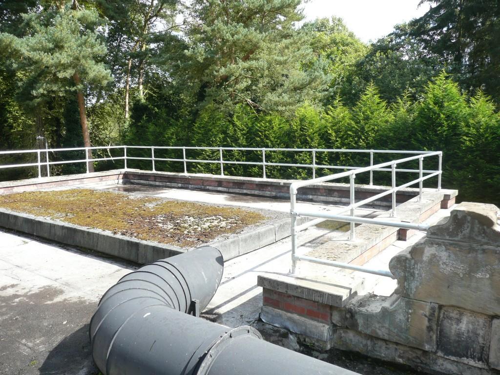 parapet guardrail welding